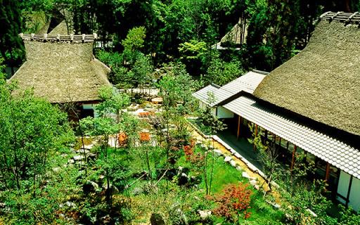 加賀伝統工芸村ゆのくにの森