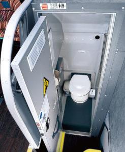 トイレ付貸切バス